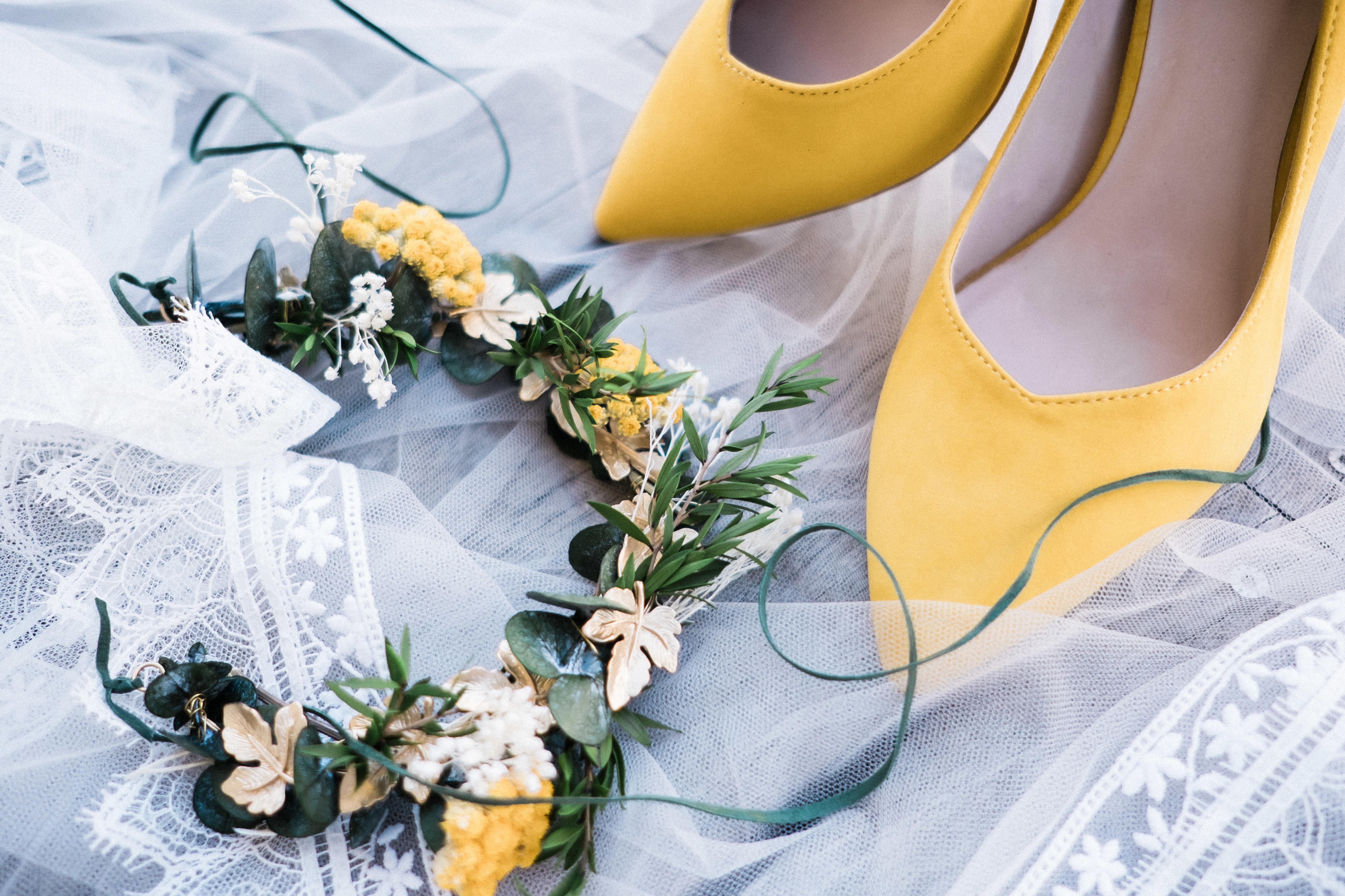 Couronne de fleur mariage Émeraude & moutarde